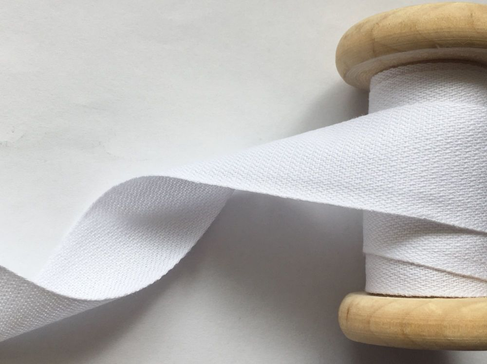 25mm Wide White Cotton Tape - Five Metres