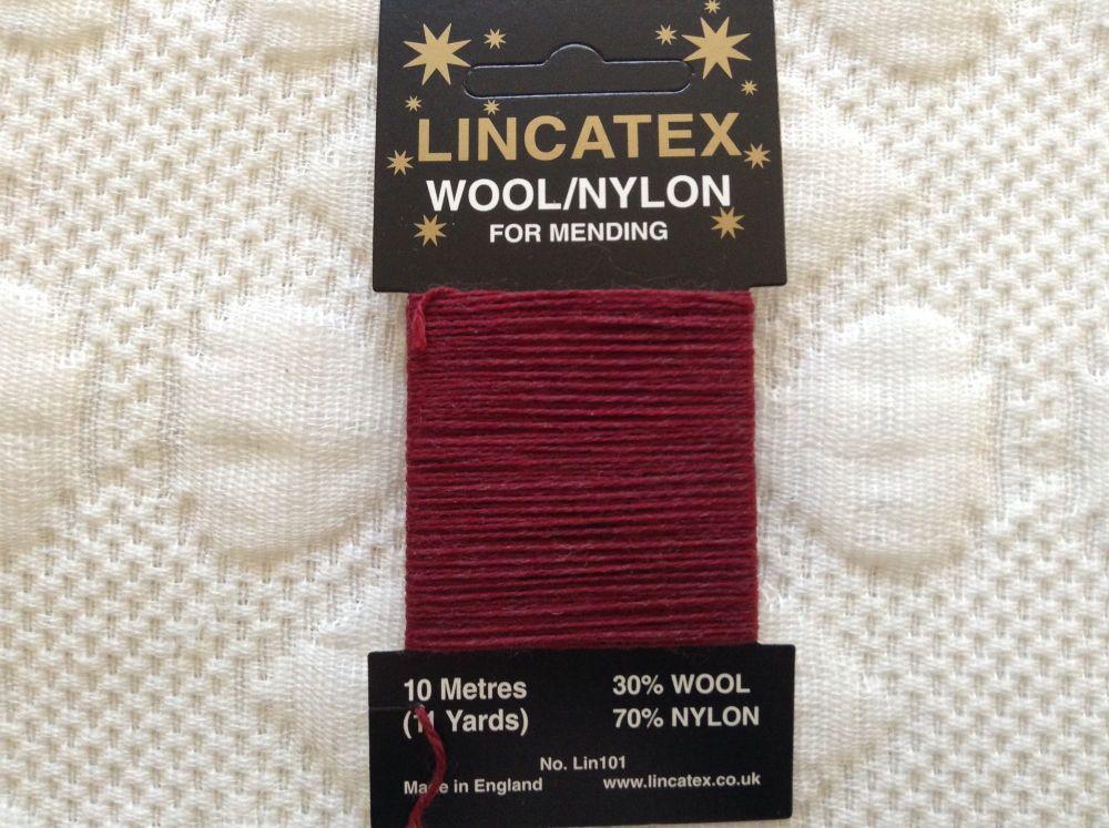 10 metres Lincatex sock darning wool maroon red