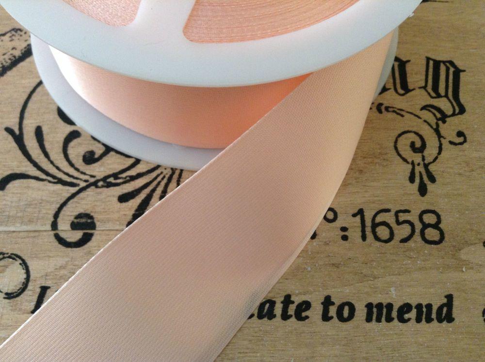 Satin Blanket Binding Soft Peach Pre Folded Sold By Half Metre