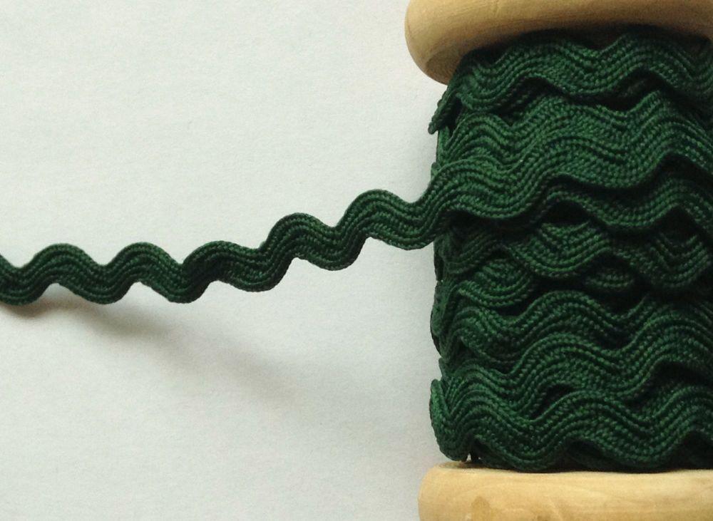 Ric Rac Ribbon Trim Dark Green 7mm Wide Braid Sold Per Metre