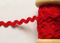 Red Rick Rack Trim Zig Zag Pattern 7mm Ric Rac Fabric Scarlet Red 1m