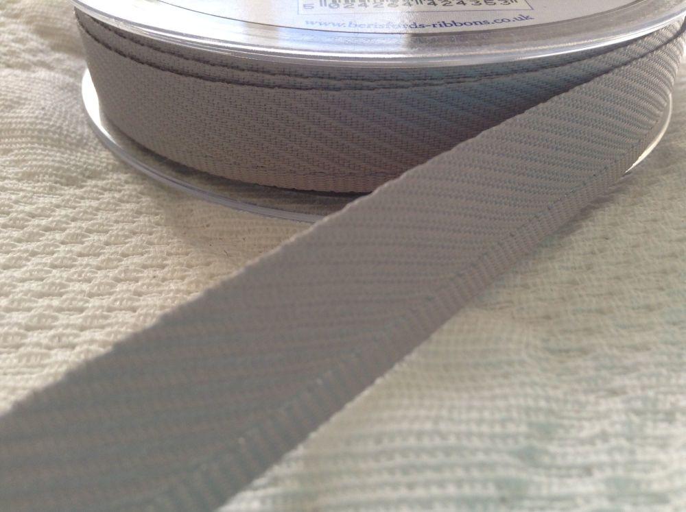 Berisfords Trouser Kick Tape 20 Metre Reel - Silver Grey
