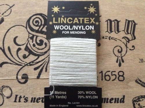 white darning wool for repairs socks gloves knitwear 10 mtrs Lincatex