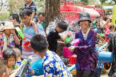 Songkran_10_-_AyutthayaSmall