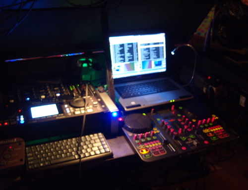 New DJ console set up with torque exponant