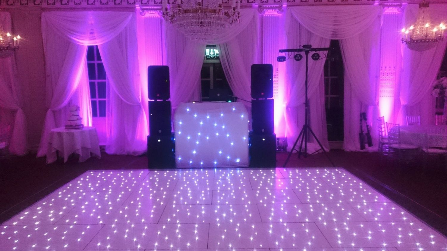 show with white sparkly floor
