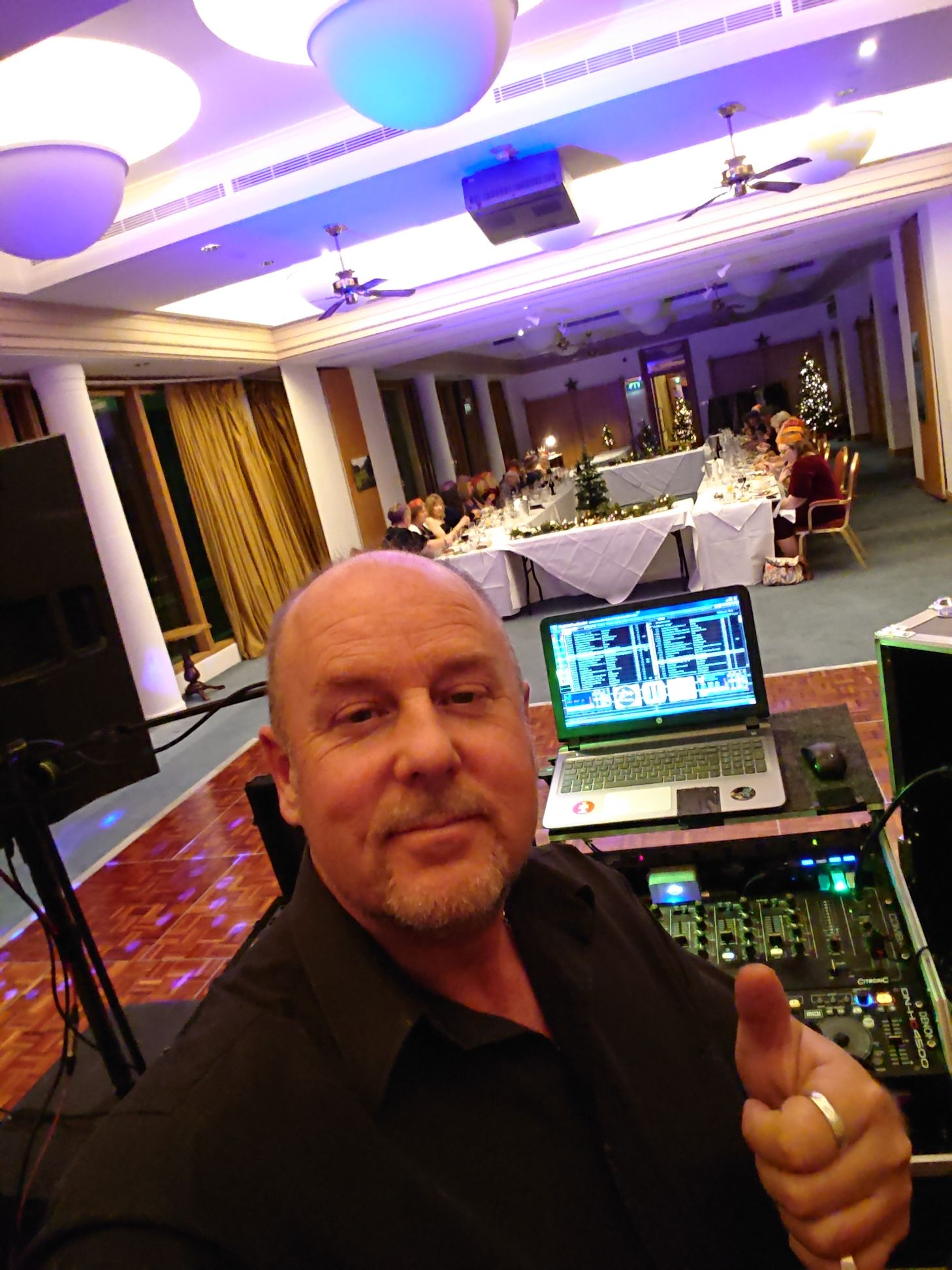 sussex national  DJ Mike Stryk pre gig christmas