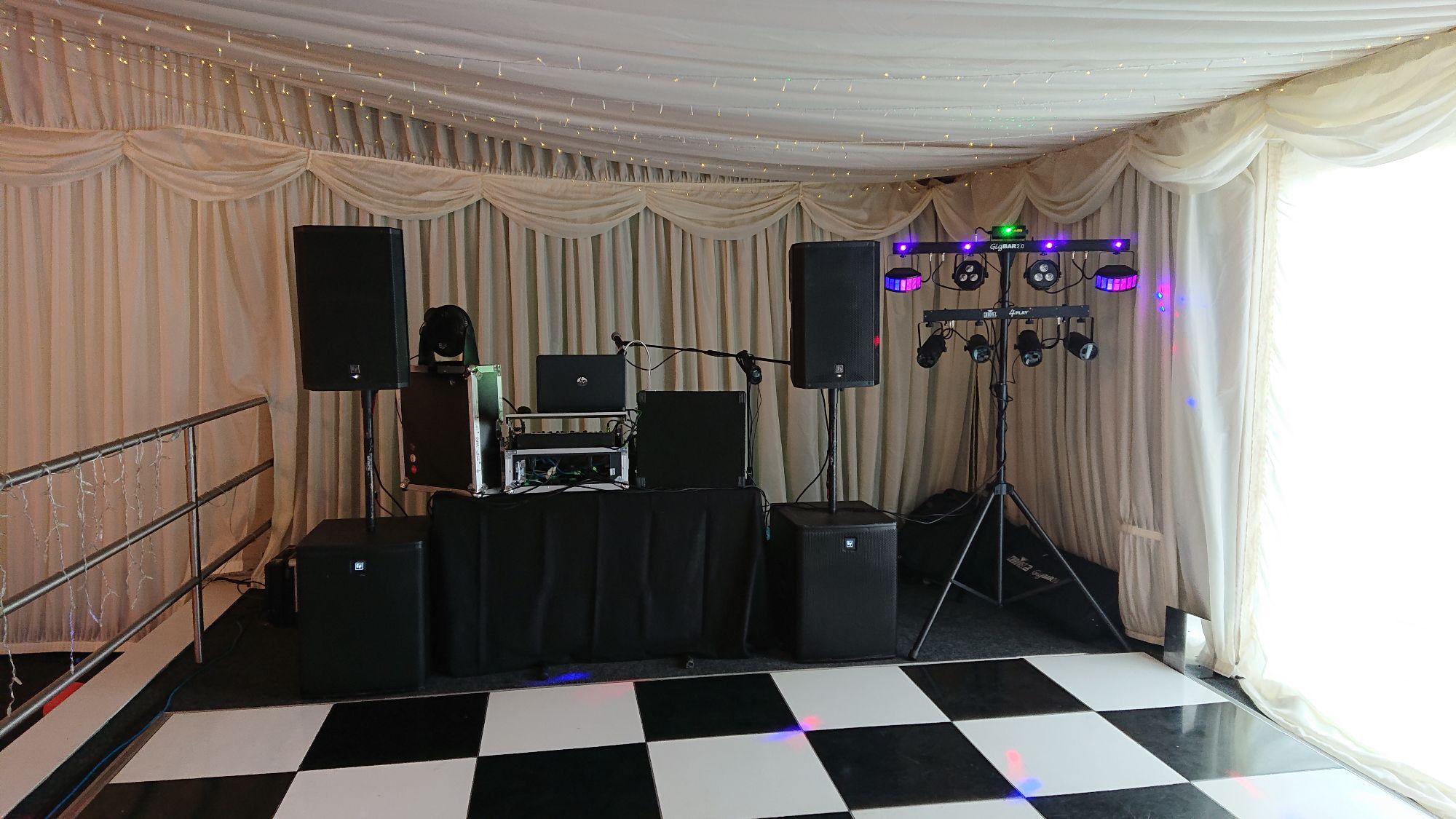 Wedding disco at Seldon farm barn 2018