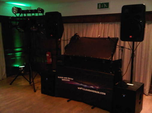 cisswood house before gig dj set up