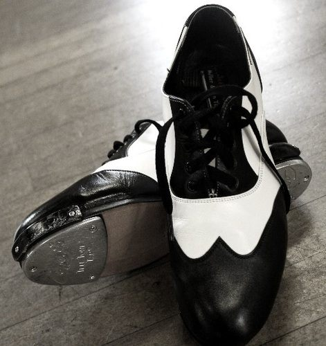 danz tap shoes crop