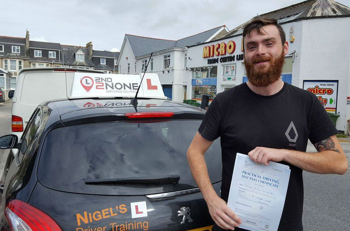 The Best Driving School in Newquay