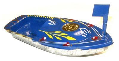 Avon 555 Pop Pop Boat - Blue.