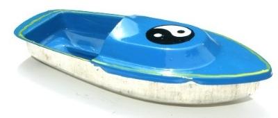 Avon 555 Pop Pop Boat - Ying Yang. Sky Blue.