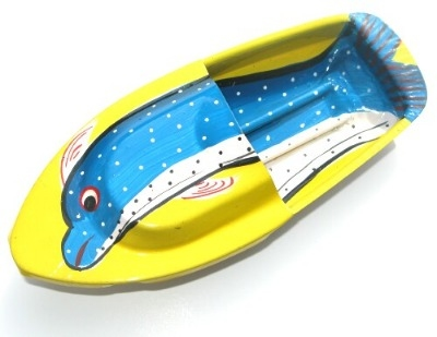 Avon 555 Pop Pop Boat - Dolphin - Yellow.