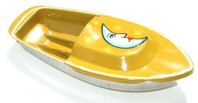 Avon 555 Pop Pop Boat - Moon. Yellow.