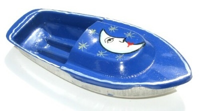 Avon 555 Pop Pop Boat - Moon. Blue.