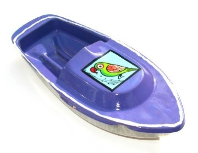 Avon 555 Pop Pop Boat - Parrot Design - Purple.