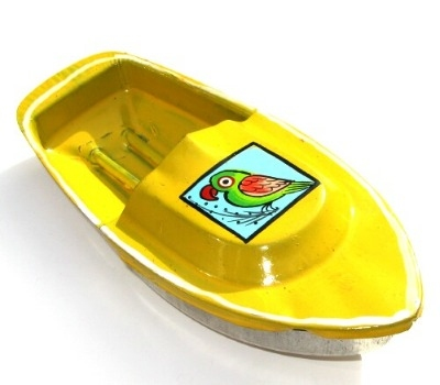 Avon 555 Pop Pop Boat - Parrot Design - Yellow.
