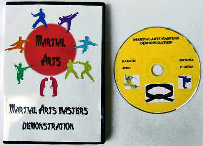 MARTIAL ARTS MASTERS DEMONSTRATE