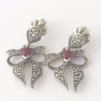 Carnelian silver Bow earrings