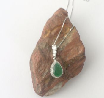 Green Agate silver Pendant with Zircona Necklace