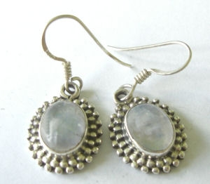 Moonstone silver earrings (M23)