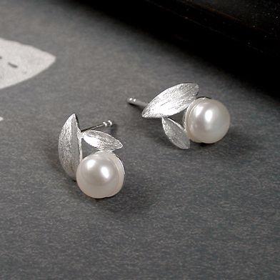 Pearl Leaf earrings