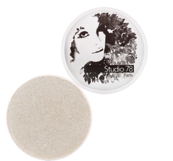 "Illuminating powder ""We sparkle""."