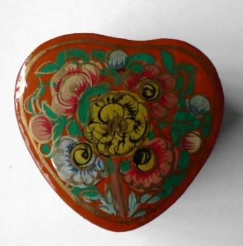 Kashmir Trinket Box Heart shaped RED with Flowers (804)