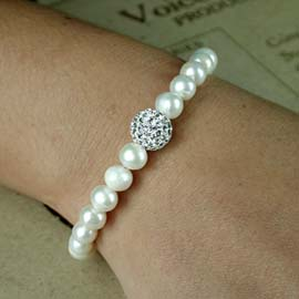 Pearl Sterling Silver bracelet with silver sparkle bead