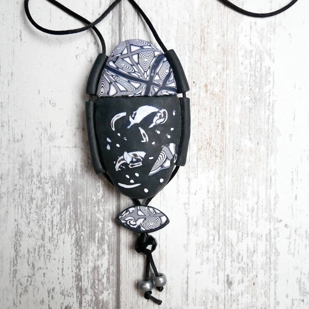 Black and White Inro, Necklace