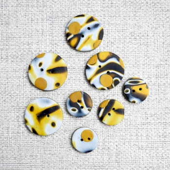 20 mm Mustard Black and White Buttons