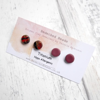 Two Pairs Stud Earrings, Red Gold and Maroon