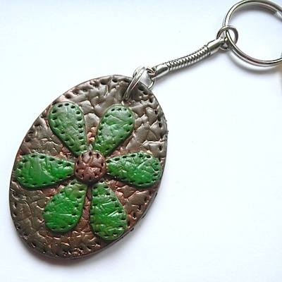 Retro Daisy Key Ring-Green and Brown Faux Leather Oval Key Fob
