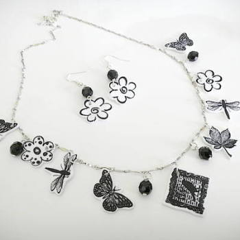 Black and White Quirky Cute Black and White Necklace Set