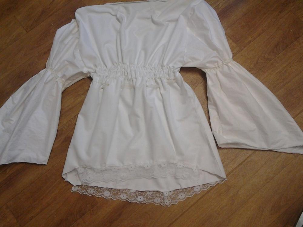 Basic Ladies Pirate Shirt
