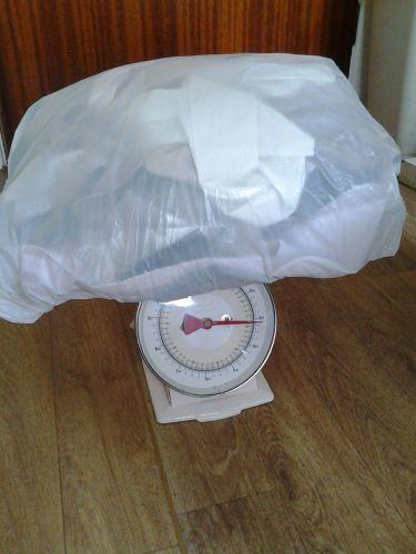1.4 kg of fabric scraps