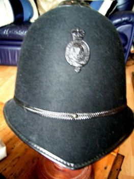 SHOP / HIRE HISTORICAL &  PUBLIC AGENCY COSTUMES
