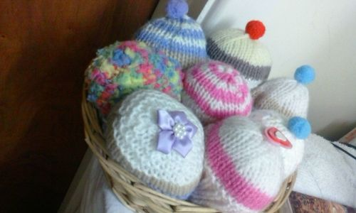 Knitted Cupcakes Display Basket