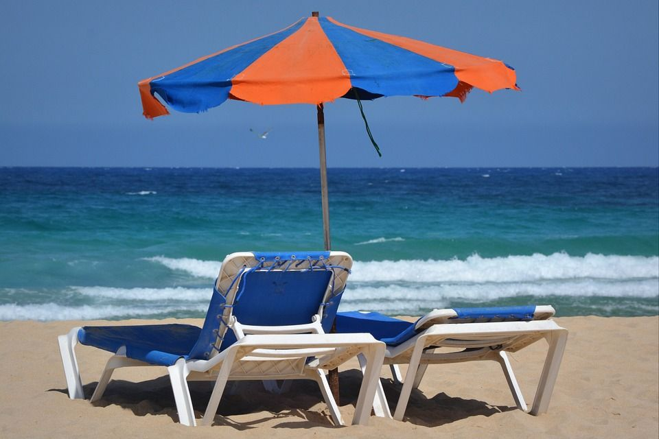 parasol-425110_960_720.jpgsummer holiday