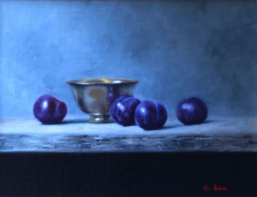 Silver bowl with blue Plums