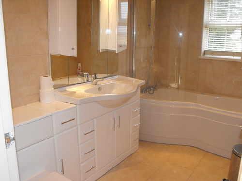 Blossom Cottage - Bathroom