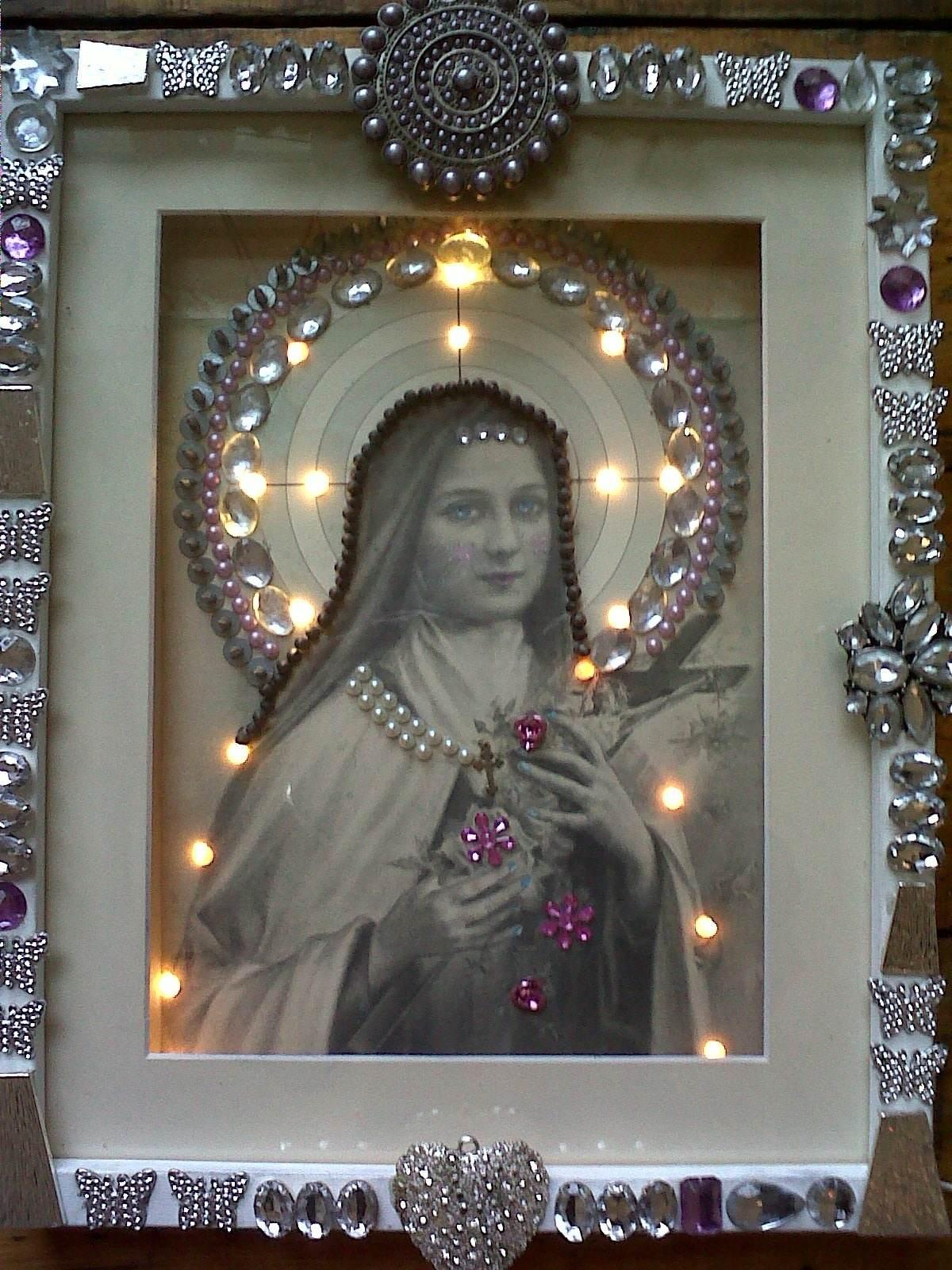 madonna light on framed