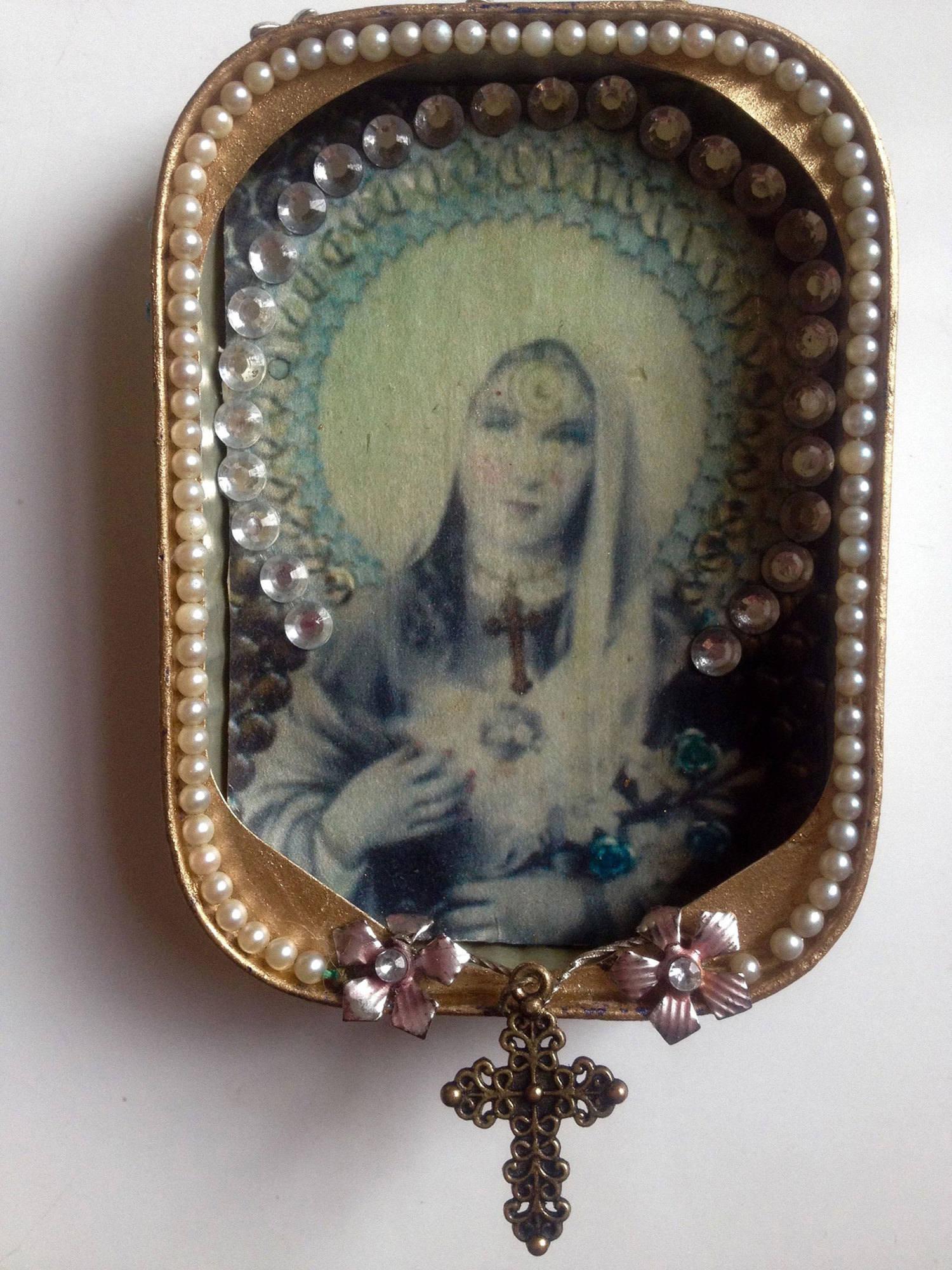 Blue-Madonna-sardine