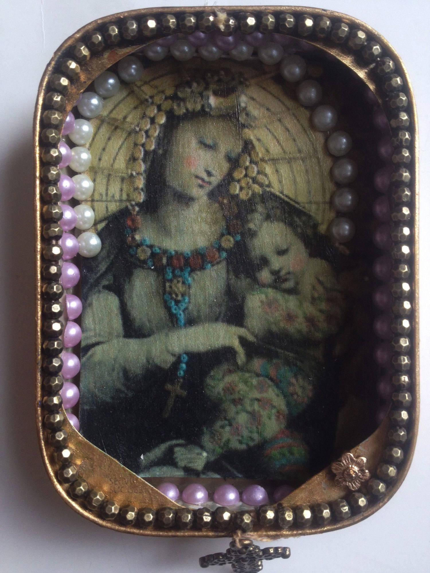 Sepia-Madonna-sardine