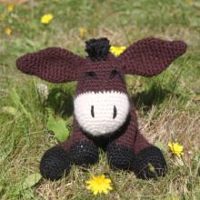 Get knitting and help donkeys!