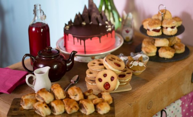 Click here to register for a Pawsome Afternoon Tea pack