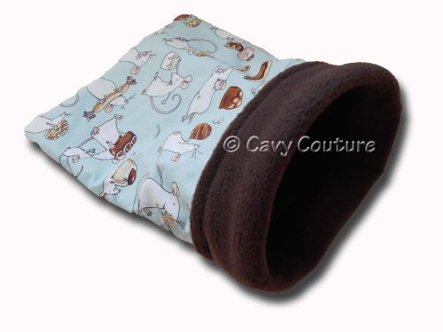 <!--009-->Small  Rodent Cozy - Sweet Mice cotton and Chocolate fleece