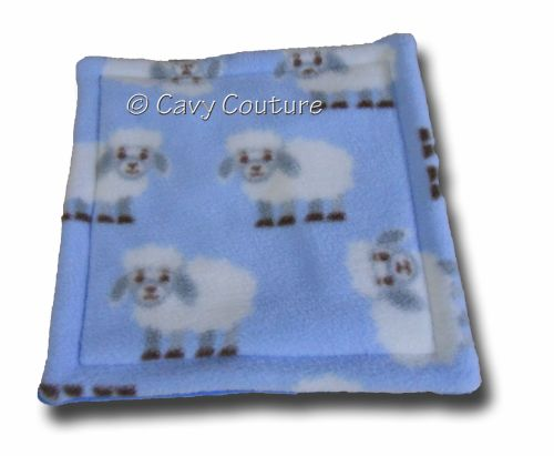 <!--007-->Soaker Pad - Blue Sheep and Mid Blue Fleece
