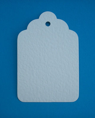 1 x Large Scalloped Tag